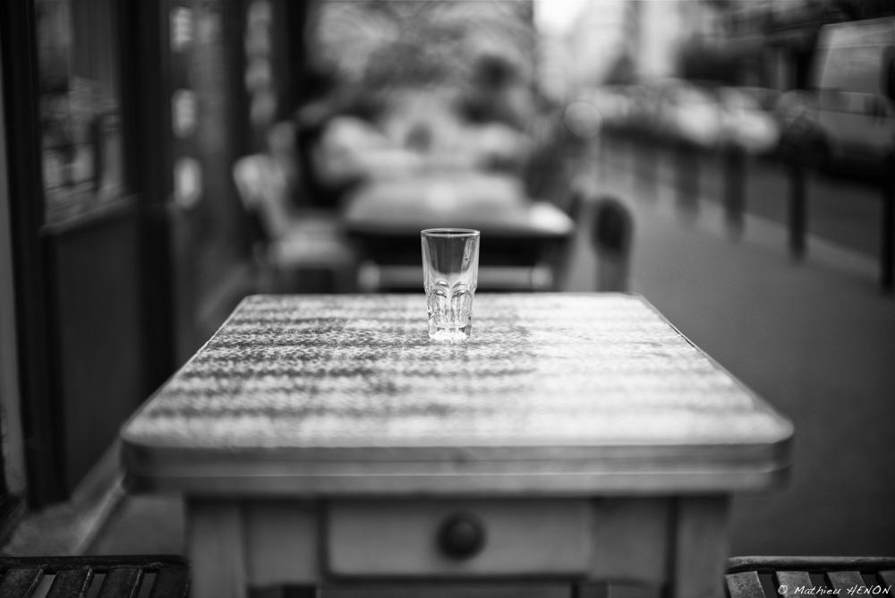 Le verre solitaire